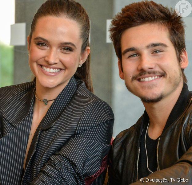 Juliana Paiva e Nicolas Prattes passaram o final de semana juntos em Búzios. Veja fotos abaixo!