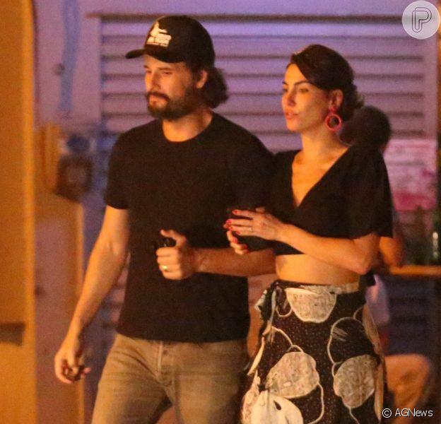 Rodrigo Santoro e Mel Fronckowiak foram a um restaurante na Gávea, Zona Sul do Rio, na noite deste domingo, 2 de setembro de 2018
