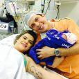 Wellington Muniz publica com Mirella Santos e Valentina: 'Nasceu hoje a nossa princesa'