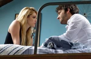 'Geração Brasil': Megan passa a noite no quarto de Davi e atende ligação de Manu
