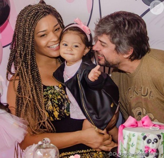 Juliana Alves comemora 1° ano da filha, Yolanda