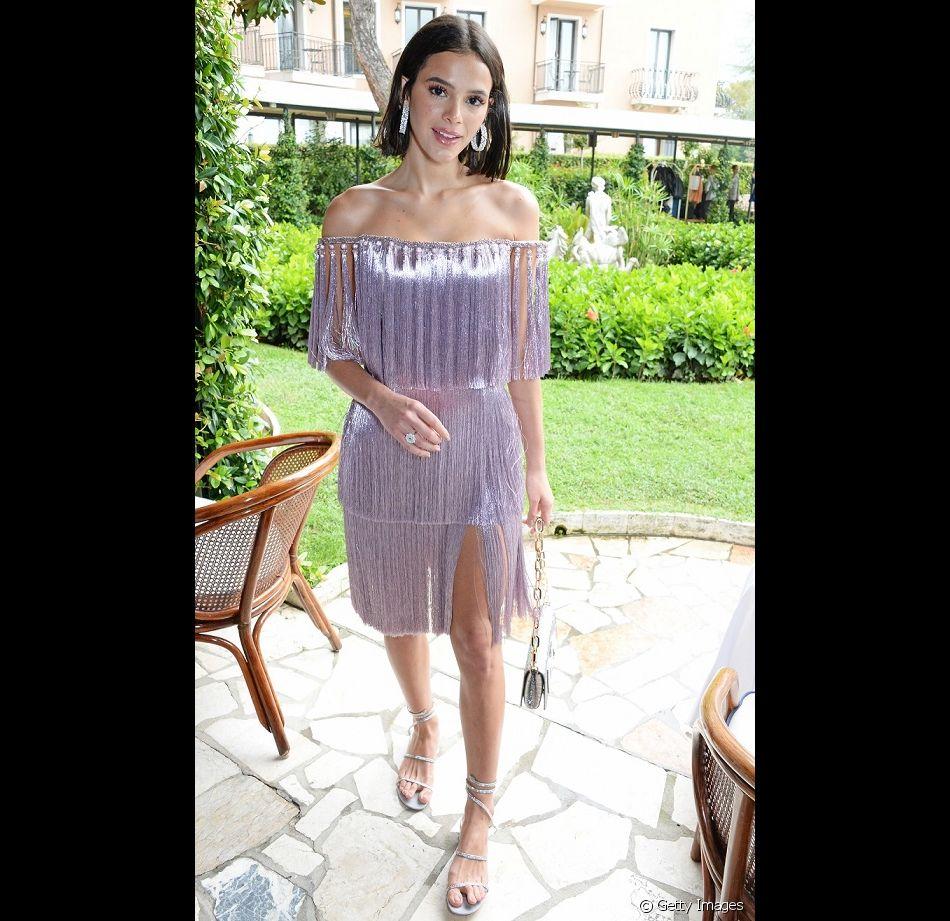 d4177aceb5 Bruna Marquezine elege terninho verde Dolce & Gabbana em evento na  Itália nesta sexta-