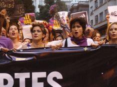 Nanda Costa, Fernanda Lima e mais famosas em passeata contra Bolsonaro. Fotos
