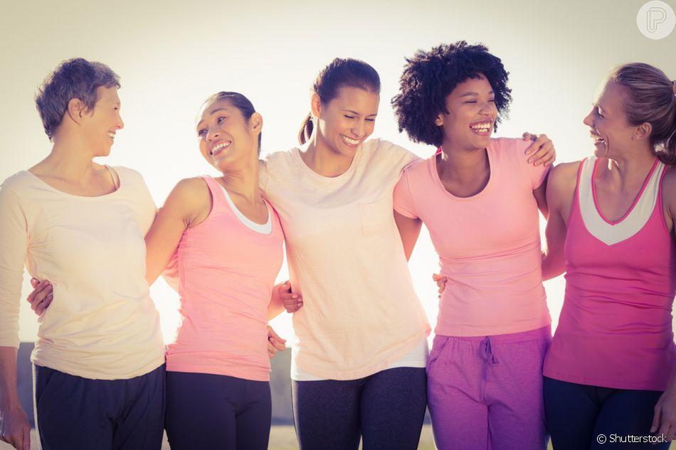 Compartilhar histórias com mulheres que também passam pelo câncer de mama ajuda a levantar a autoestima