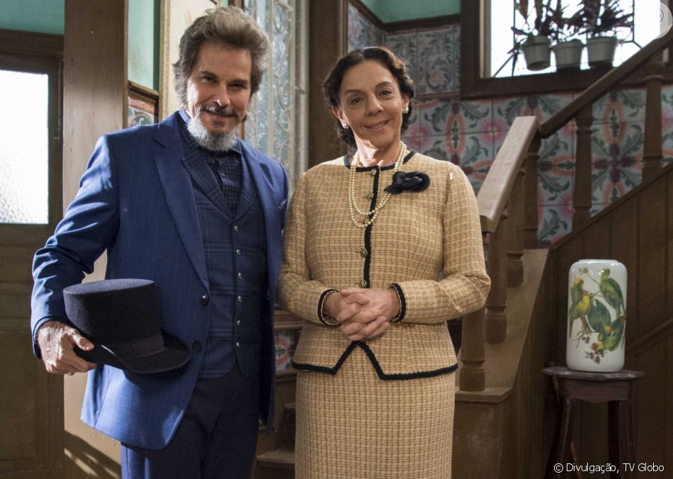 Em 'O Tempo Não Para', Agustina (Rosi Campos) pede divórcio de Dom Sabino (Edson Celulari)