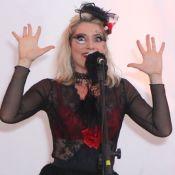 Letícia Spiller ousa com transparência em show do Coletivo El Camino. Fotos!