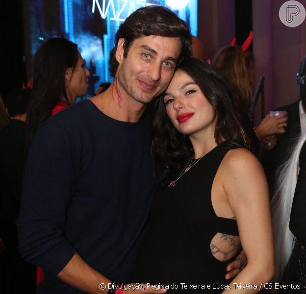 Isis Valverde curtiu festa de Halloween com o marido, André Resende, nesta sexta-feira, 26 de outubro de 2018