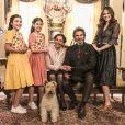 Toda a família de Marocas (Juliana Paiva) terá que vestir roupas do século 19 para a surpresa do pedido de casamento de Samuca (Nicolas Prattes), na novela 'O Tempo Não Para'