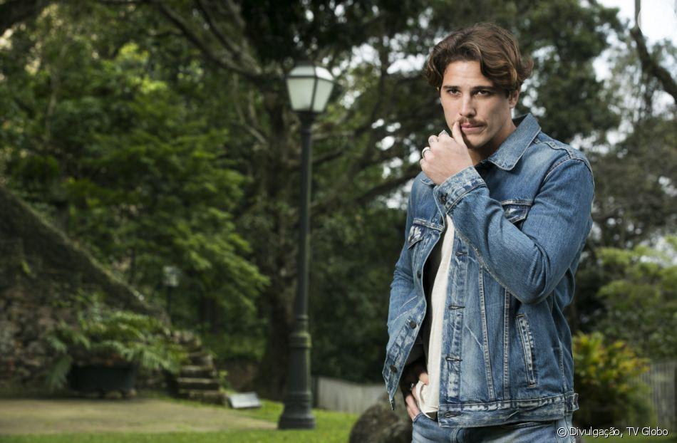 """Mauro César (Romulo Neto) é preso nos próximos capítulos da novela """"Espelho da Vida"""""""