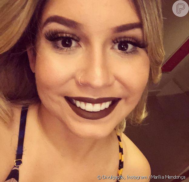 Marília Mendonça faz brincadeira no Twitter sobre compras de comida para sua dieta, em 3 de novembro de 2018