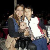 Nivea Stelmann leva a filha Bruna, de 5 meses, a espetáculo de circo no Rio