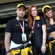 De volta ao Brasil, Anitta participa de GP de Fórmula 1 com Marina Ruy Barbosa e Bruno Gagliasso