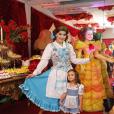Maria Flor, filha de Deborah Secco, curte festa de aniversário