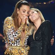 Marília Mendonça aposta em look decotado para cantar com Ivete: 'Gostosíssima'