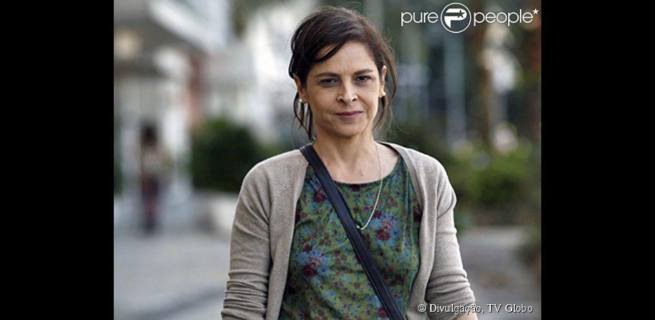 Cora (Drica Moraes) vai desencalhar e arrumar um namorado, adianta Aguinaldo Silva, em 10 de setembro de 2014, em 'Império'