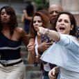 Rejeitada por Robertão (Romulo Neto), Cora (Drica Moraes) o acusou de ter tentado agarrá-la à força, em 'Império'