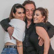 Fábio Jr. ganha beijo da filha Cleo e da mulher, Fernanda Pascucci, em show