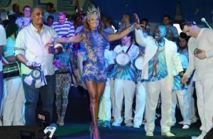 Carnaval 2015: Milena Nogueira é coroada rainha de bateria da Caprichosos