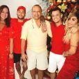 Natal de Neymar teve ceia à luz de velas e 200 balões de led
