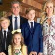 Angélica descartou viver como família de comercial de margarina com o marido, Luciano Huck, e disse que às vezes briga com o apresentador