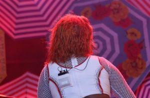 Ludmilla é elogiada por fãs ao mudar o visual: 'Ficou linda ruivinha!'. Fotos!