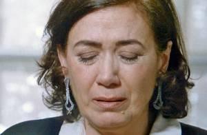 'Império': Maria Marta desmaia após roubar o diamante cor-de-rosa de Zé Alfredo