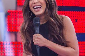 Anitta confunde fãs ao trocar de roupa com sósia e se diverte: 'Eu to chocada!'