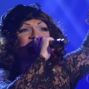 Drag queen Deena Love conquista famosos na estreia do 'The Voice Brasil'