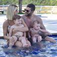 Andressa Suita sempre compartilha momentos com a família na web
