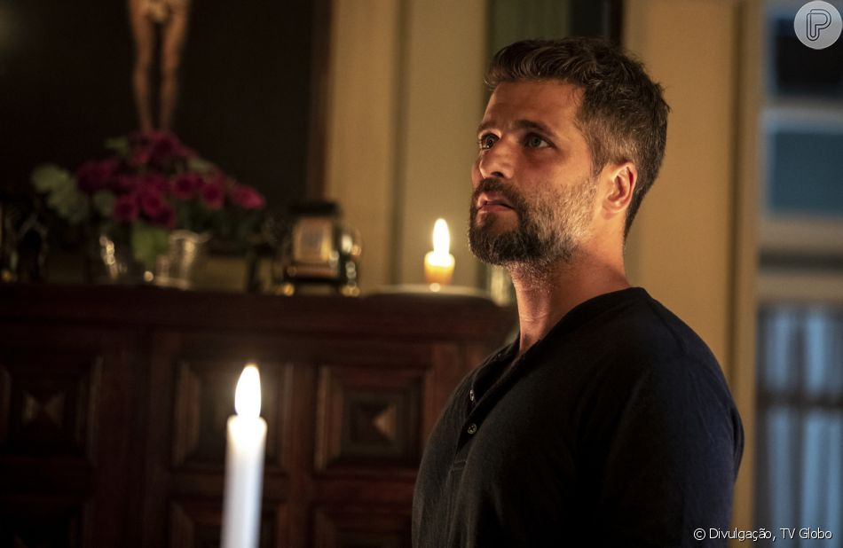 Gabriel (Bruno Gagliasso) vai se desesperar ao achar que fez sexo com Laura (Yanna Lavigne) nos próximos capítulos da novela 'O Sétimo Guardião'