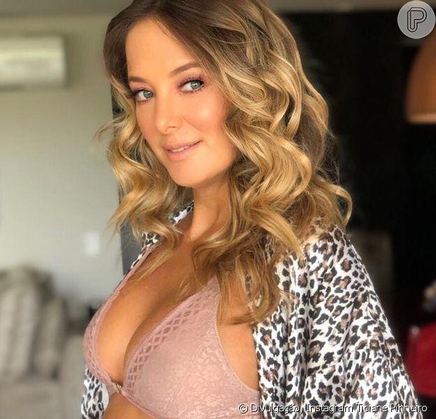 Ticiane Pinheiro exibiu o barrigão de grávida de 19 semanas ao comemorar cinco anos de relacionamento com o marido, Cesar Tralli