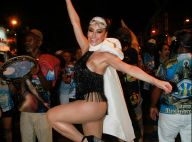 Franjas, laço, body cavado: o look de Sabrina Sato em último ensaio pré-Carnaval