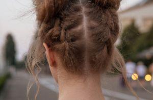 Já é Carnaval! 5 penteados com tranças para apostar nos bloquinhos de rua