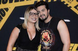 Decote e calça lurex: o look de Marília Mendonça em show de Luan Santana. Fotos!