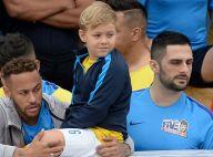 Carol Dantas exibe Davi Lucca com camisa para Neymar e fãs aprovam: 'Quero'