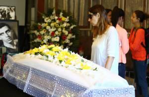 Familiares e amigos se despedem de Hugo Carvana em velório: 'Dor sem palavras'