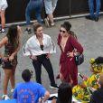 Larissa Ayres e Maria Maya curtem Lollapalooza acompanhadas de amiga