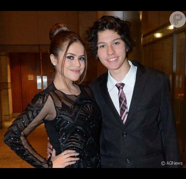 Maisa Silva postou foto com o namorado ao comemorar 22 milhões de seguidores no Instagram