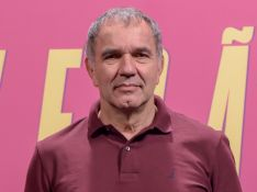 Humberto Martins responde fãs e confirma permanência na novela 'Verão 90'