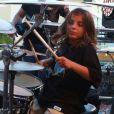 Marcelo, filho de Ivete Sangalo, afirmou no 'Domingão do Faustão' deste domingo, 5 de maio de 2019, que quer tocar na banda da mãe