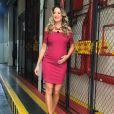 Ticiane Pinheiro adora vestidos que marquem a barriguinha de grávida