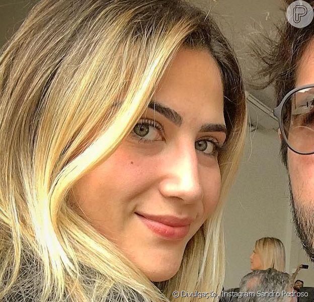 Jéssica Costa, filha do cantor Leonardo, falou sobre a relação com o pai durante conversa com Antonia Fontenelle: 'Eu preferiria ter o meu pai mais presente ao dinheiro'