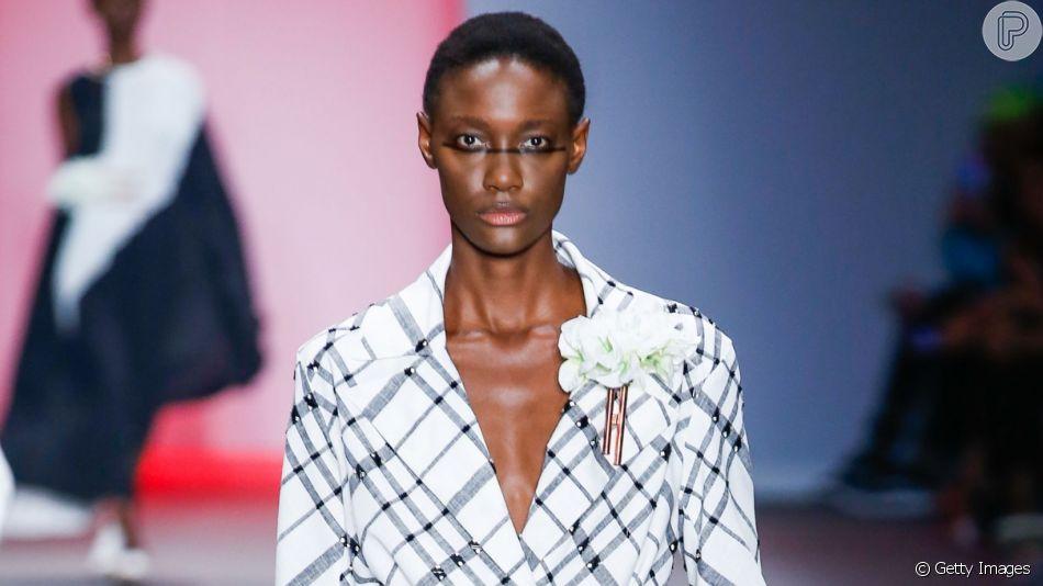 Preto e branco, um clássico na moda de volta às passarelas
