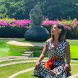 Anitta viajou para Bali, na Indonésia, com o surfista