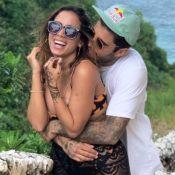 Anitta e Pedro Scooby mergulham juntos em cachoeira e curtem hotel na floresta