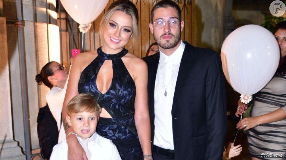 Carol Dantas ganhouum declaração apaixonada do Marido, Vinicius Martinez, dois dias após o casamento dos dois.