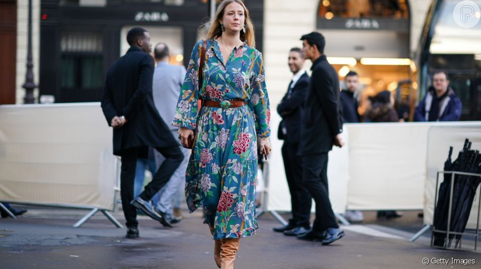 Vestido floral é moda neste inverno e traz cor para os looks