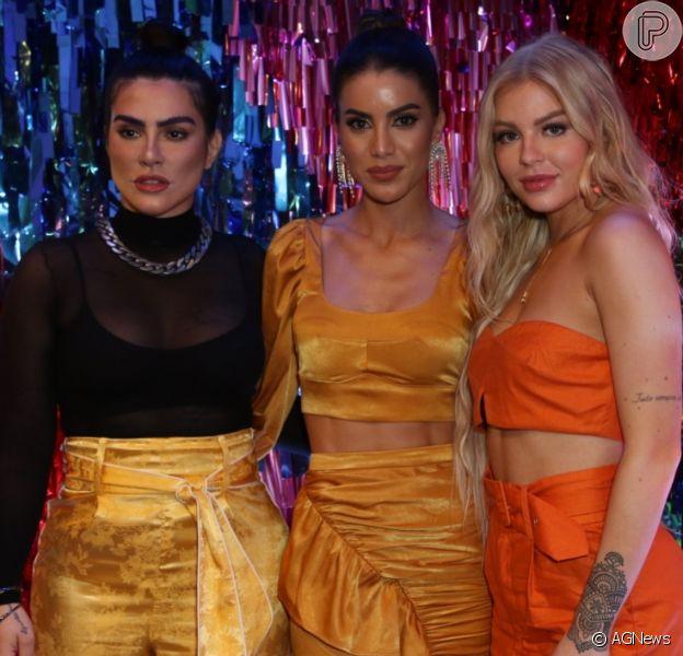 Camila Coelho recebe Cleo, Luísa Sonza e mais famosas ao lançar coleção de roupa para a marca Revolve em evento no Rio