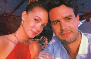Marina Ruy Barbosa curte viagem com marido e look chama atenção em fotos. Veja!
