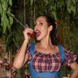 Lívia Andrade promoveu festa junina para comemorar aniversário